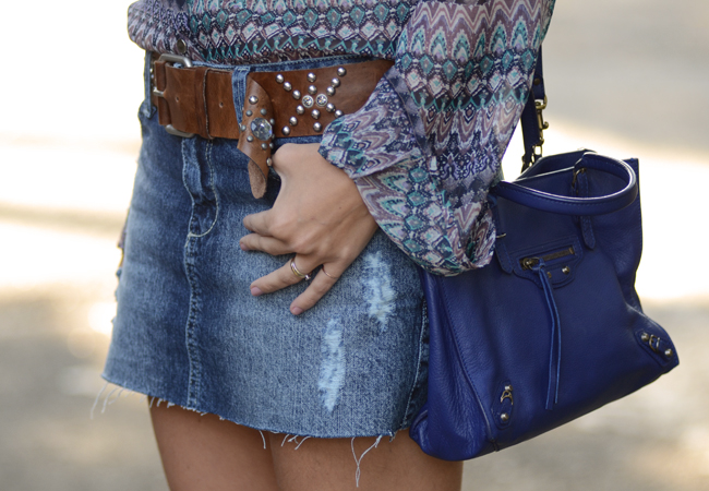 glam4you - nati vozza - chamois - bolsa - celine trio - botinha - boots - farm - look - blog - azul - estampa - saia