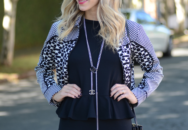 glam4you - nati vozza - bynv - gallerist - coven - peplum - blog - moda - tendencia - bota - cano alto - colar - chanel - mixed