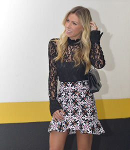 LOOK NOITE RENDA E ESTAMPA