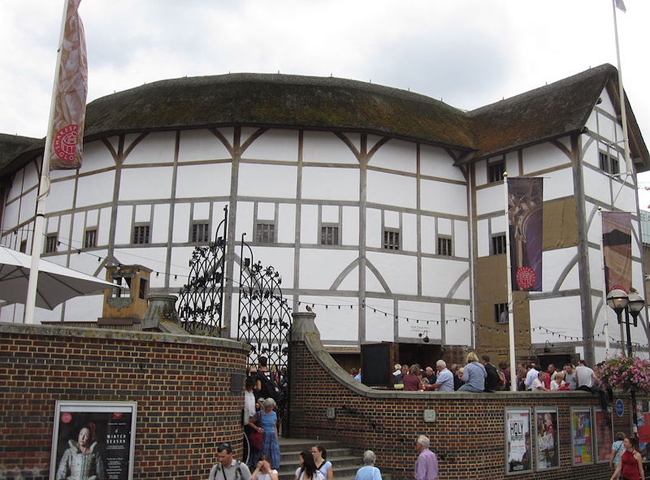 the-new-globe-theater-london