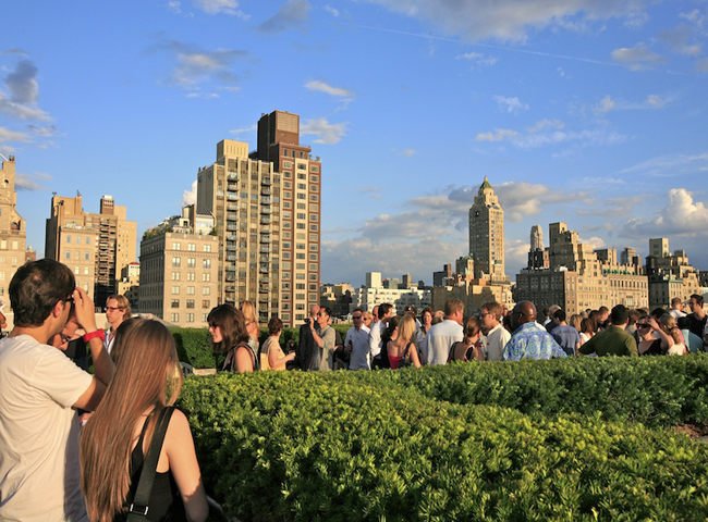 Rooftop-Bar-@-Metropolitan-Museum-Of-Art-New-York