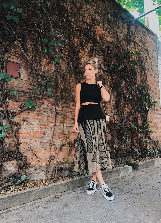 nati-vozza-look-cropped-e-saia-midi-2