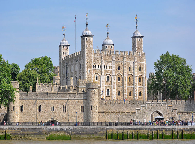Tower-of-London-London